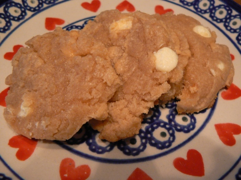 White Chocolate Fluffernutter Cookies